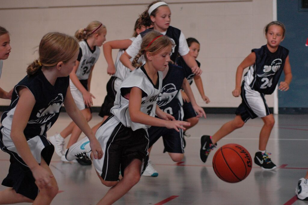 Tips for running an effective practice for youth basketball coaching