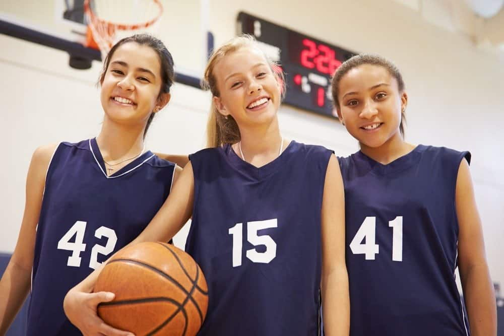 5 Important Reasons to Get Your Child Involved in Youth Sports