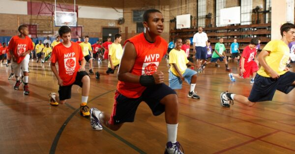 5 ADVANTAGES OF SUMMER YOUTH BASKETBALL CAMPS