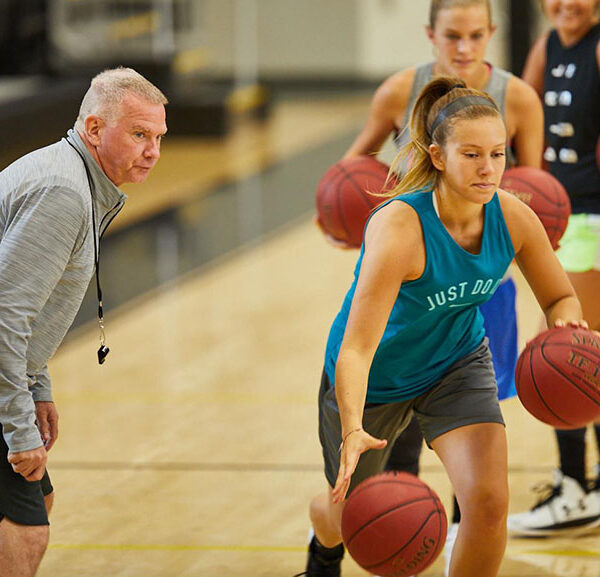 Drills to Prepare for Basketball Tryouts